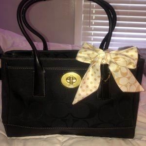 Authentic Coach Bag... black